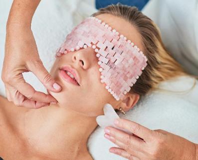 Tractament Nutrireset by Eva Grau - Massage Signature Gua Sha